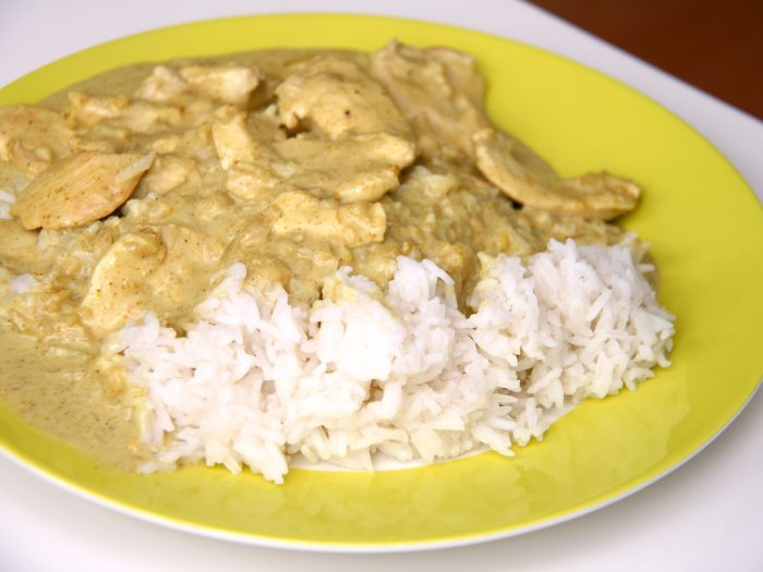Chicken Tenderloins with curry sauce and rice
