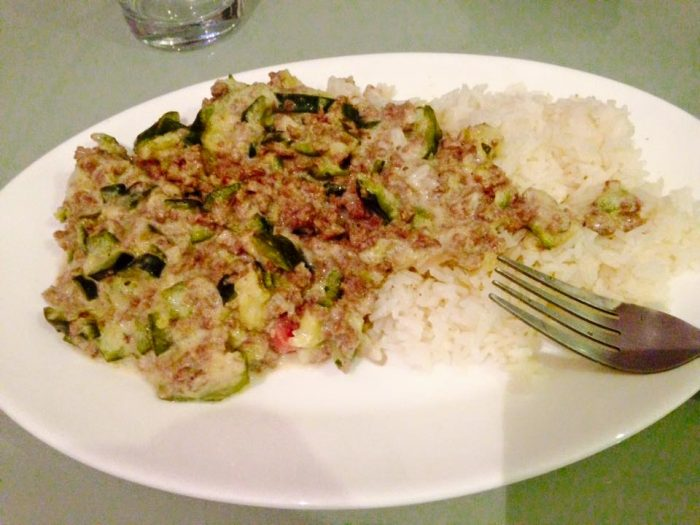 Zucchinis, cheese and ground meat